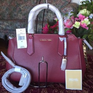 New Michael Kors Hayes Large Leather Satchel